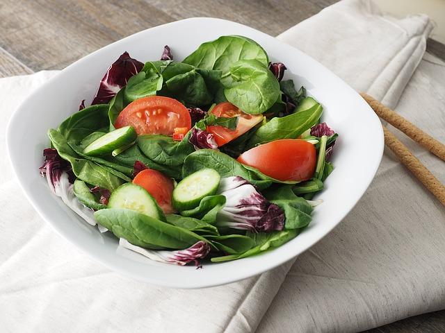 salad-1075240_640